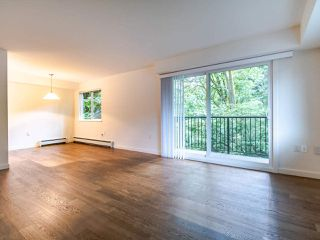 "Photo 6: 208 357 E 2ND Street in North Vancouver: Lower Lonsdale Condo for sale in ""Hendricks"" : MLS®# R2470726"