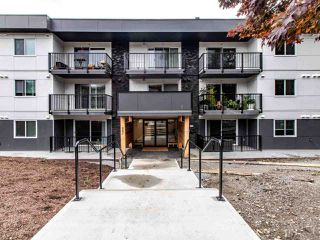 "Photo 1: 208 357 E 2ND Street in North Vancouver: Lower Lonsdale Condo for sale in ""Hendricks"" : MLS®# R2470726"