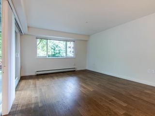 "Photo 5: 208 357 E 2ND Street in North Vancouver: Lower Lonsdale Condo for sale in ""Hendricks"" : MLS®# R2470726"