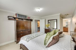 "Photo 13: 21137 80 Avenue in Langley: Willoughby Heights Condo for sale in ""YORKVILLE"" : MLS®# R2478012"