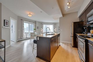 Photo 9: 1106 10226 104 Street in Edmonton: Zone 12 Condo for sale : MLS®# E4208425