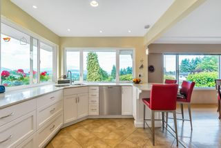 Photo 13: 5615 OAKGLEN Drive in Burnaby: Forest Glen BS House for sale (Burnaby South)  : MLS®# R2484475