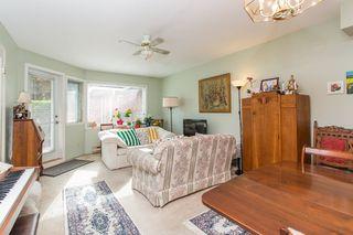 "Photo 9: 111 13959 16 Avenue in Surrey: Crescent Bch Ocean Pk. Condo for sale in ""White Rock Village (Wiltshire House )"" (South Surrey White Rock)  : MLS®# R2486697"