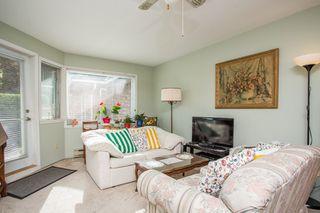 "Photo 8: 111 13959 16 Avenue in Surrey: Crescent Bch Ocean Pk. Condo for sale in ""White Rock Village (Wiltshire House )"" (South Surrey White Rock)  : MLS®# R2486697"