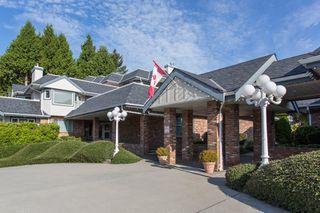 "Photo 3: 111 13959 16 Avenue in Surrey: Crescent Bch Ocean Pk. Condo for sale in ""White Rock Village (Wiltshire House )"" (South Surrey White Rock)  : MLS®# R2486697"
