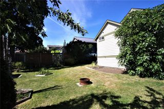 Photo 32: 585 Fifth St in : Na South Nanaimo Single Family Detached for sale (Nanaimo)  : MLS®# 855180