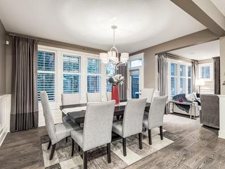 Photo 6: 22 CRESTRIDGE Mews SW in Calgary: Crestmont Detached for sale : MLS®# A1037467