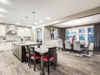 Photo 7: 22 CRESTRIDGE Mews SW in Calgary: Crestmont Detached for sale : MLS®# A1037467