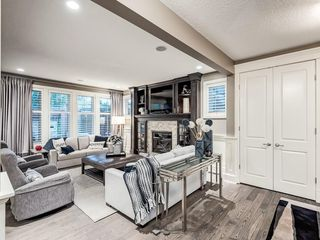 Photo 9: 22 CRESTRIDGE Mews SW in Calgary: Crestmont Detached for sale : MLS®# A1037467