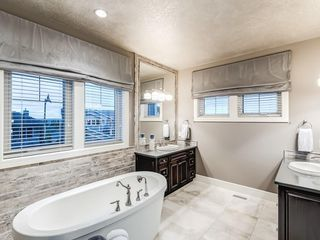 Photo 34: 22 CRESTRIDGE Mews SW in Calgary: Crestmont Detached for sale : MLS®# A1037467