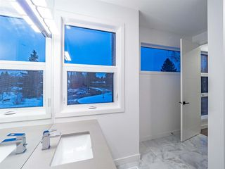 Photo 31: 4 Rosetree Crescent NW in Calgary: Rosemont Detached for sale : MLS®# A1044831