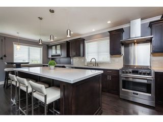 Photo 10: 26943 26 Avenue in Langley: Aldergrove Langley House for sale : MLS®# R2389001