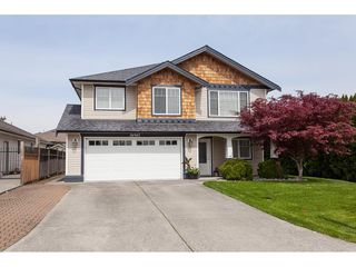 Main Photo: 26943 26 Avenue in Langley: Aldergrove Langley House for sale : MLS®# R2389001
