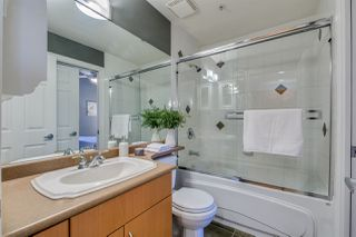 """Photo 15: 401 128 W 21ST Street in North Vancouver: Central Lonsdale Condo for sale in """"The Westside"""" : MLS®# R2417552"""