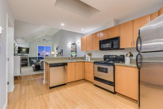 """Photo 7: 401 128 W 21ST Street in North Vancouver: Central Lonsdale Condo for sale in """"The Westside"""" : MLS®# R2417552"""