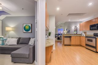 """Photo 10: 401 128 W 21ST Street in North Vancouver: Central Lonsdale Condo for sale in """"The Westside"""" : MLS®# R2417552"""