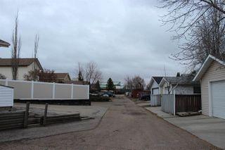 Photo 3: 3319 48 Street in Edmonton: Zone 29 House for sale : MLS®# E4180379