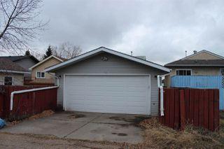 Photo 2: 3319 48 Street in Edmonton: Zone 29 House for sale : MLS®# E4180379