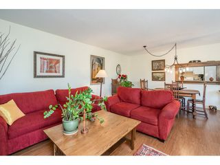"Photo 12: 219 15991 THRIFT Avenue: White Rock Condo for sale in ""ARCADIAN"" (South Surrey White Rock)  : MLS®# R2456477"