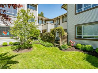 "Photo 26: 219 15991 THRIFT Avenue: White Rock Condo for sale in ""ARCADIAN"" (South Surrey White Rock)  : MLS®# R2456477"