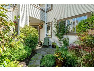 "Photo 19: 219 15991 THRIFT Avenue: White Rock Condo for sale in ""ARCADIAN"" (South Surrey White Rock)  : MLS®# R2456477"