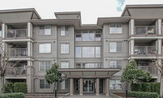 """Photo 1: 410 45555 YALE Road in Chilliwack: Chilliwack W Young-Well Condo for sale in """"Vibe"""" : MLS®# R2464178"""