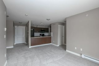 """Photo 10: 410 45555 YALE Road in Chilliwack: Chilliwack W Young-Well Condo for sale in """"Vibe"""" : MLS®# R2464178"""