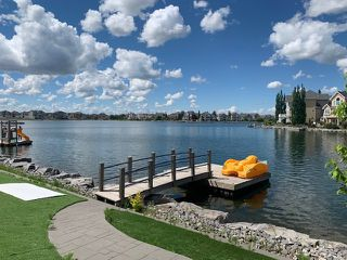 Photo 2: 1514 88A Street SW in Edmonton: Zone 53 House for sale : MLS®# E4202323