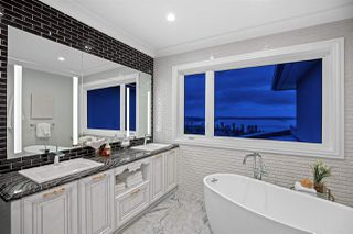 Photo 17: 2320 PALMERSTON Avenue in West Vancouver: Dundarave House for sale : MLS®# R2468225