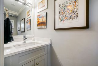 Photo 25: 1601 1236 BIDWELL Street in Vancouver: West End VW Condo for sale (Vancouver West)  : MLS®# R2467975