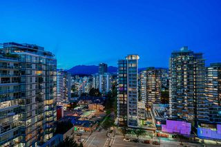 Photo 34: 1601 1236 BIDWELL Street in Vancouver: West End VW Condo for sale (Vancouver West)  : MLS®# R2467975