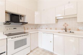Photo 16: 113 10 Paul Kane Pl in Victoria: VW Songhees Condo Apartment for sale (Victoria West)  : MLS®# 836674