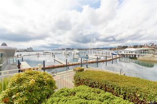 Photo 5: 113 10 Paul Kane Pl in Victoria: VW Songhees Condo for sale (Victoria West)  : MLS®# 836674