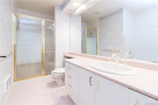 Photo 18: 113 10 Paul Kane Pl in Victoria: VW Songhees Condo Apartment for sale (Victoria West)  : MLS®# 836674