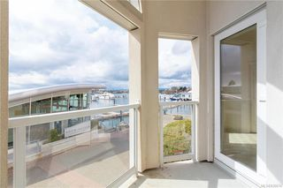 Photo 21: 113 10 Paul Kane Pl in Victoria: VW Songhees Condo for sale (Victoria West)  : MLS®# 836674