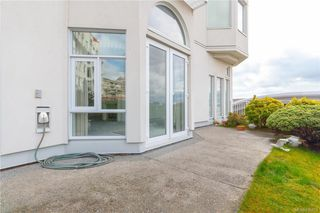 Photo 22: 113 10 Paul Kane Pl in Victoria: VW Songhees Condo Apartment for sale (Victoria West)  : MLS®# 836674