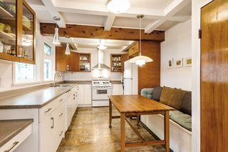 "Photo 6: 12313 208 Street in Maple Ridge: Northwest Maple Ridge House for sale in ""West Side"" : MLS®# R2492745"