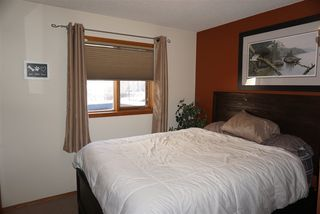 Photo 19: 12 Harcourt Crescent: St. Albert House for sale : MLS®# E4221446