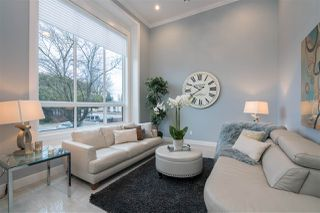Photo 3: 1920 FRASER Avenue in Port Coquitlam: Glenwood PQ House for sale : MLS®# R2390119