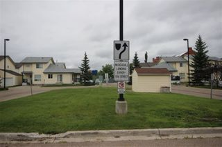 Photo 2: 88 10909 106 Street in Edmonton: Zone 08 Townhouse for sale : MLS®# E4166684