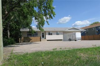 Photo 3: 193 Brandt Street in Steinbach: Industrial / Commercial / Investment for sale (R16)  : MLS®# 1920293