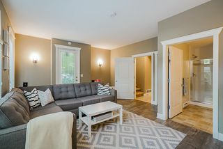 """Photo 18: 16 15454 32 Avenue in Surrey: Grandview Surrey Townhouse for sale in """"Nuvo"""" (South Surrey White Rock)  : MLS®# R2407588"""