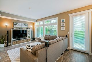 """Photo 17: 16 15454 32 Avenue in Surrey: Grandview Surrey Townhouse for sale in """"Nuvo"""" (South Surrey White Rock)  : MLS®# R2407588"""