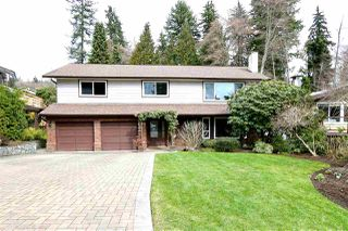 Photo 1: 2730 WALPOLE CRESCENT in North Vancouver: Blueridge NV House for sale : MLS®# R2445064