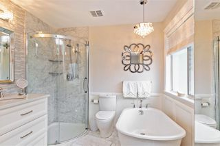 Photo 12: 14668 84A Avenue in Surrey: Bear Creek Green Timbers House for sale : MLS®# R2451433