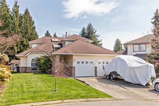 Photo 1: 14668 84A Avenue in Surrey: Bear Creek Green Timbers House for sale : MLS®# R2451433