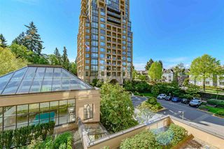 Photo 14: 301 7368 SANDBORNE Avenue in Burnaby: South Slope Condo for sale (Burnaby South)  : MLS®# R2475918