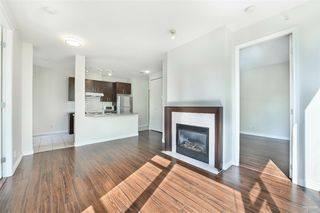 Photo 11: 301 7368 SANDBORNE Avenue in Burnaby: South Slope Condo for sale (Burnaby South)  : MLS®# R2475918