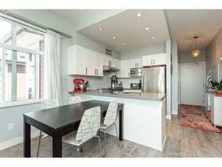 "Photo 12: 2401 963 CHARLAND Avenue in Coquitlam: Central Coquitlam Condo for sale in ""CHARLAND"" : MLS®# R2496928"