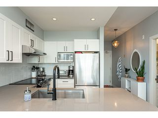 "Photo 14: 2401 963 CHARLAND Avenue in Coquitlam: Central Coquitlam Condo for sale in ""CHARLAND"" : MLS®# R2496928"